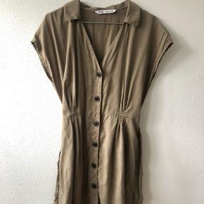 Zara kjole, aldrig brugt