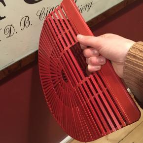 Sød japansk inspireret clutch/håndtaske i bambus