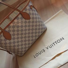 Selling Louis Vuitton Neverfull PM.  It comes with receipt.