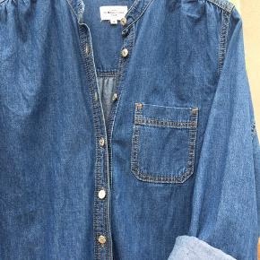 Fed denim kjole/ jakke - smart at bruge på begge måder - brugt 2 gange er som ny.