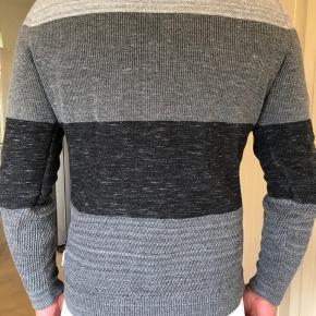 Så flot pullover fra CK jeans. Brugt lidt men fejler intet, er som ny.  Byttes ikke.