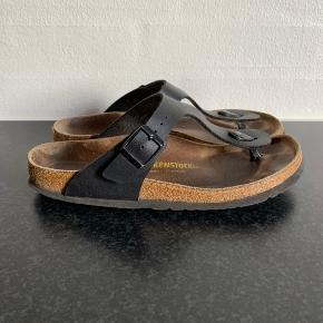 Birkenstock Gizeh sandaler str. 38 slim. Godt brugt. Kan sendes for 39 kr.