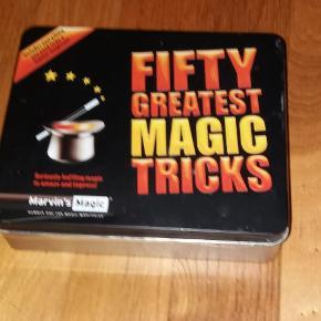 Tryllesæt  Metalæske med 50 tricks incl. instruktion (engelsk)