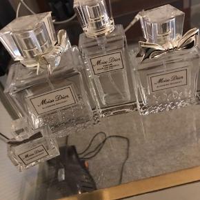 Miss Dior blooming bouqet tomme flasker i alle størrelser. Bortgives. Hentes selv i hillerød. Lille sjat tilbage i nogle af dem