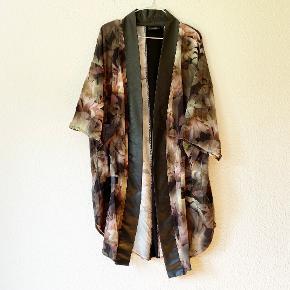 Nör kimono