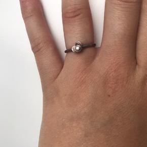 Super smuk ring fra Pandora - skal lige pudses engang 💕