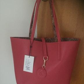 Ny Rosemunde taske M ny pris på 499kr sælges for 225