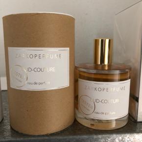 Oud-couture Helt ny (bemærk der står tester på)
