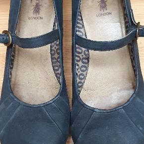 Skønne sko i fin stand