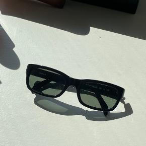 DKNY solbriller
