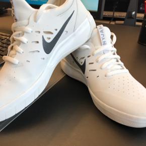 Nyjah Huston' total udsolgte signatur sko fra Nike SB. De sælges da de desværre er for små til mig selv..