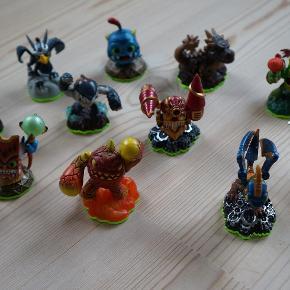 Varetype: Ps3 Spil Størrelse: - Farve: -  Skylanders spil Ps3 og Figurer, som nyt.  Figurerne koster 40 kr. Pr. Stk. Bytter ikke.  Køber betaler porto. Kom gerne med et fair bud.