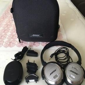 Sælger mine gode Bose QuietComfort 3  Alt medfølger og virker 100%... Kvit er mistet