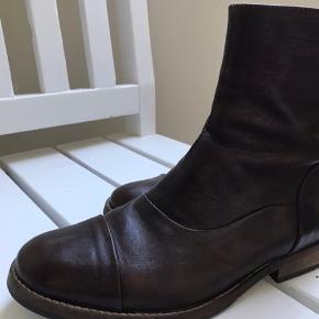 Fedeste skind støvle fra mentor - desværre ikke fået dem brugt - mørk Buffalo brun