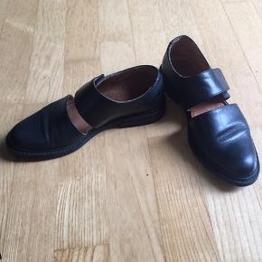 Sort bianco sko. Kun brugt få gange.