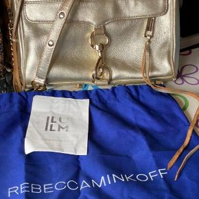 Super fin taske fra Rebecca Minkoff. Købt i Illum. Fejler ingenting    #Secondchancesummer