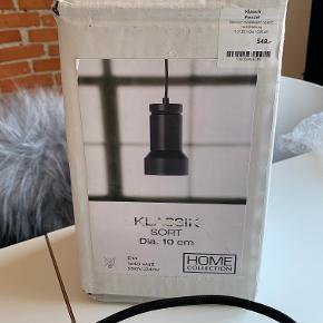 Helt ny lampe fra IDE møbler. Fejler intet, men passer ikke ind her.  Byd