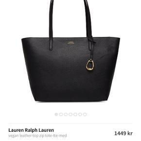 Sælger min elskede Ralph Laurent taske😭, grunden til jeg sælger den er at jeg ikke får den brugt da jeg også har den i brun. Sender gerne billeder så skriv BYD😊 - sender gerne gratis