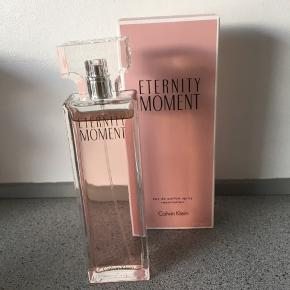 Brugt 1 gang. Eternity moment. Eau de parfum spray. 100ml. 350kr eller Byd.