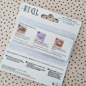 Ardell øjenvipper med lim. Aldrig brugt eller åbnet for pakken. Sælges for 20 kr. pp.