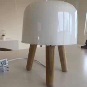 &Tradition MILK bordlampe Fejler intet.