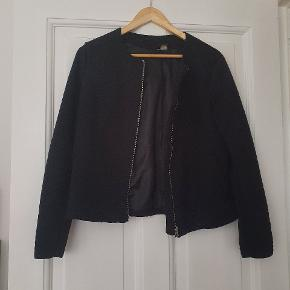 Tyk cardigan/blazer. Kan også bruges som let jakke.