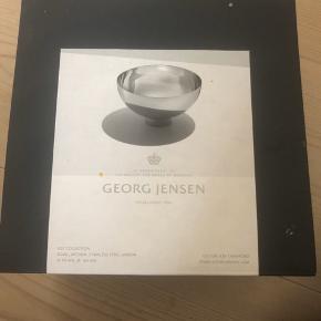 Georg Jensen Ilse Collection - Bowl medium, stabiles steel, mirror Aldrig brugt - i original kasse. Byd..