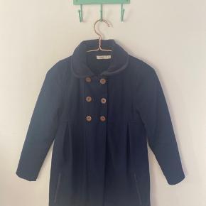 Jeg sælger denne smukke uld jakke ( pris kan forhandles)