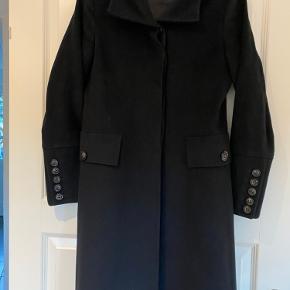 Cashmere frakke i Sand næsten som ny