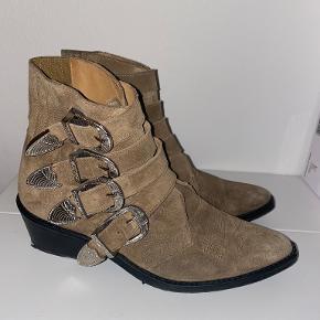 Toga Pulla andre sko & støvler