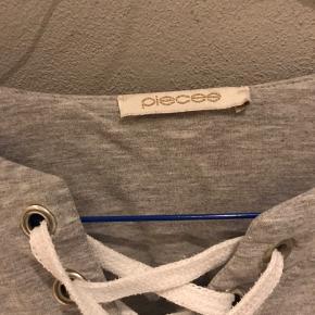 Pæn sweater fra Pieces - dejlig blødt stof🌸