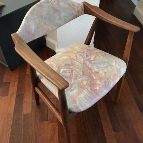 Retro designer stol fra Farstrup fremstår i meget flot stand Stolen er fra et røgfrit hjem Kan hentes Esbjerg 6700