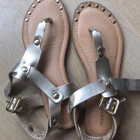 Madden Girl sandaler