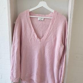 Six Ames sweater