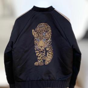 Versace overtøj