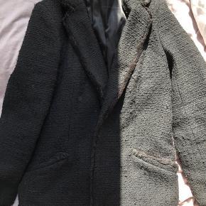 Sælger denne frakke fra hm  Minder lidt om IRO
