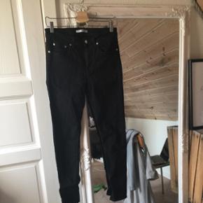 Sælger de lækreste won hundred jeansStr 30/32 Køber betaler fragt 😜🌻