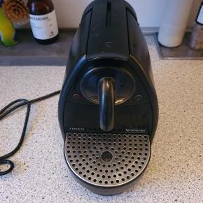 Nespresso kaffemaskine til kapsler.  Afhentes i Hvidovre.