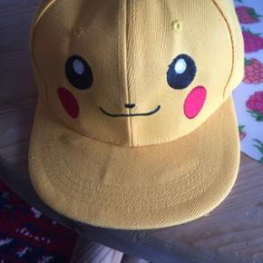Smart hat helt ny koster 99 kr med fragt eller kan hentes i Herning for 80 kr