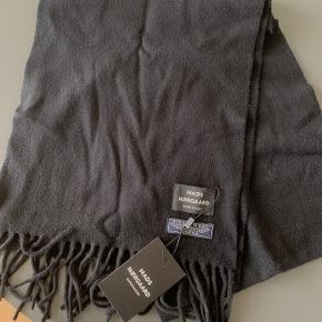 Mads Nørgaard tørklæde