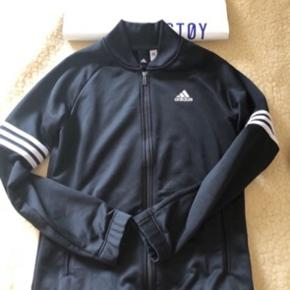Cool Adidas overdel
