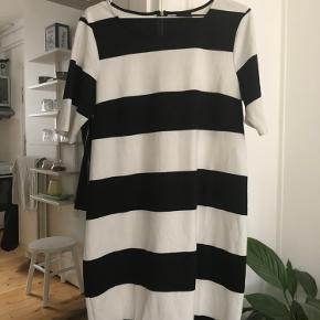 VILA kjole eller nederdel