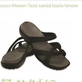 Sandaler, str. 36,5, Crocs, Sort, Ubrugt  Et par helt nye crocs sandaler, sort str. W6.  SANDALER Farve: Sort