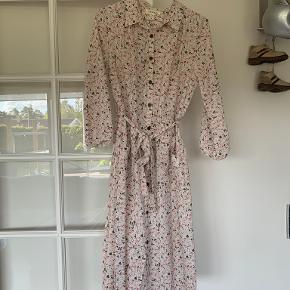 Monteau kjole