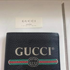 Gucci Pung