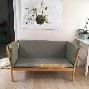Erik Jørgensen sofa - skal ombetrækkes.
