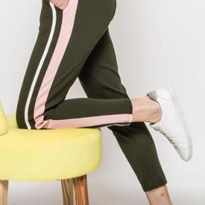 Super smarte leggings med elastik i taljen  Str 38  Aldrig brugt