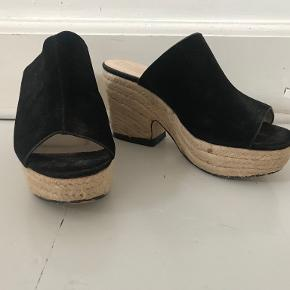 Truffle Collection heels
