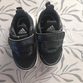 Flotte sko i meget god stand
