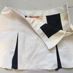 Prada nederdel